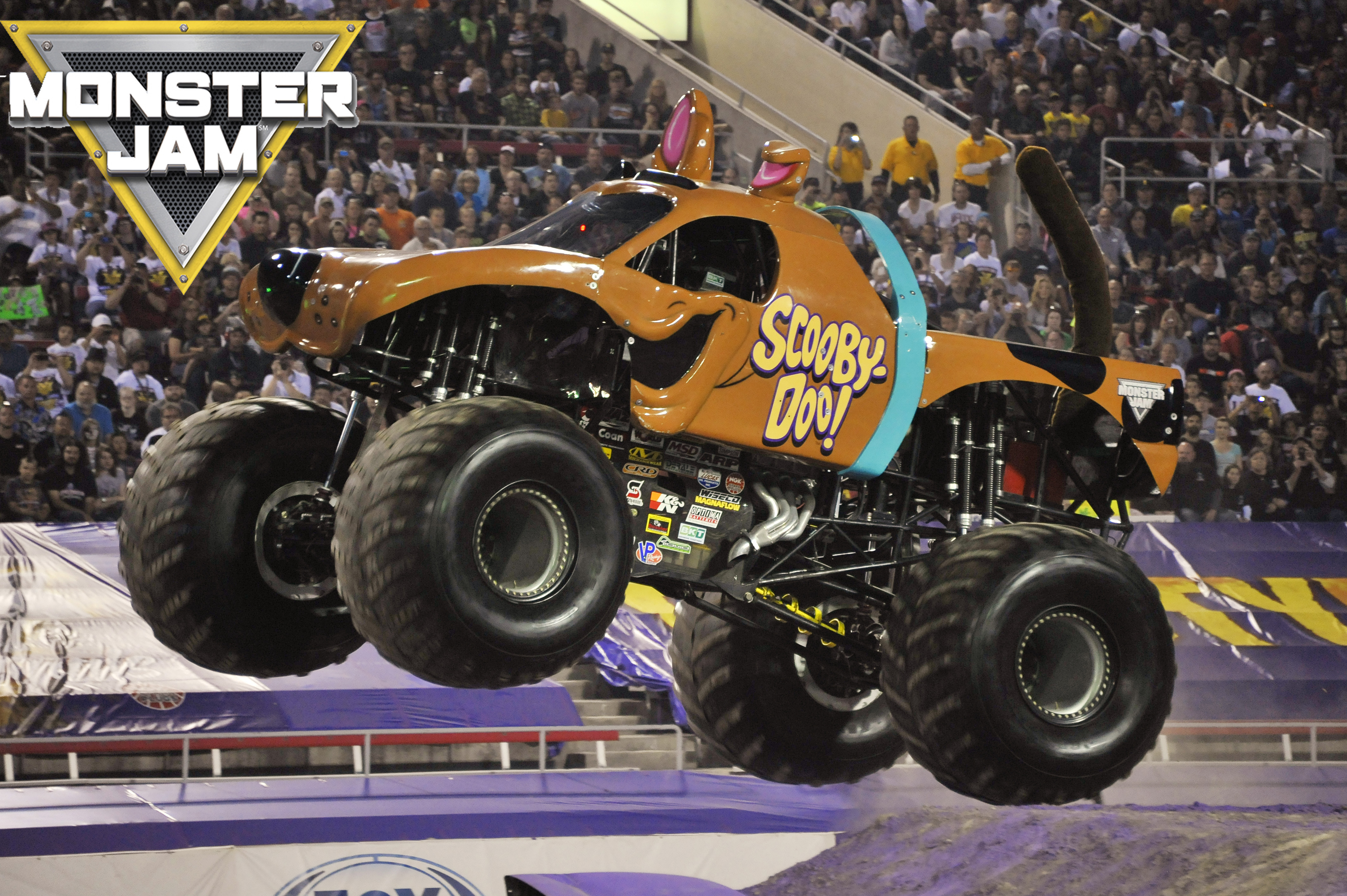 how to drive a monster truck